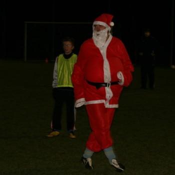 Bezoek kerstman aan training